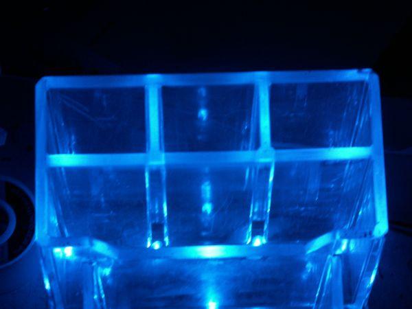 LED verlichte pennen houder