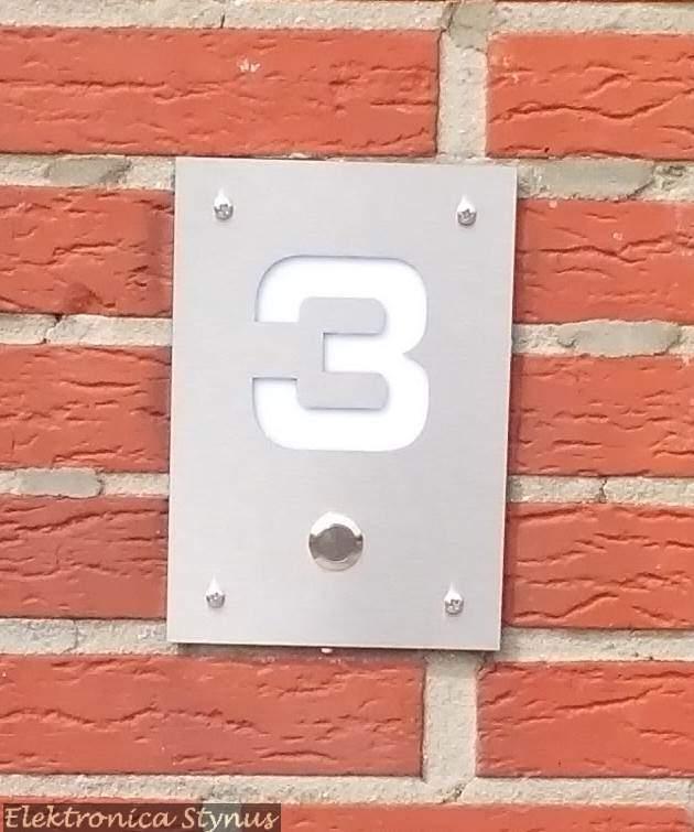 Verlichte huisnummer + bel drukknop